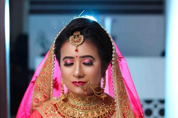 top makeup artist in Lucknow