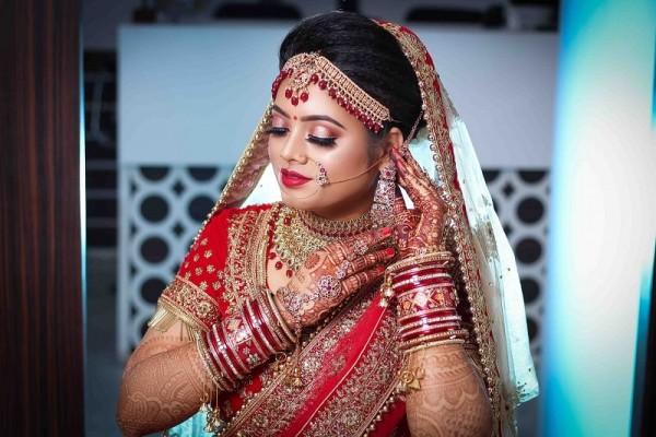 airbrush bridal makeup by Preet Kaur