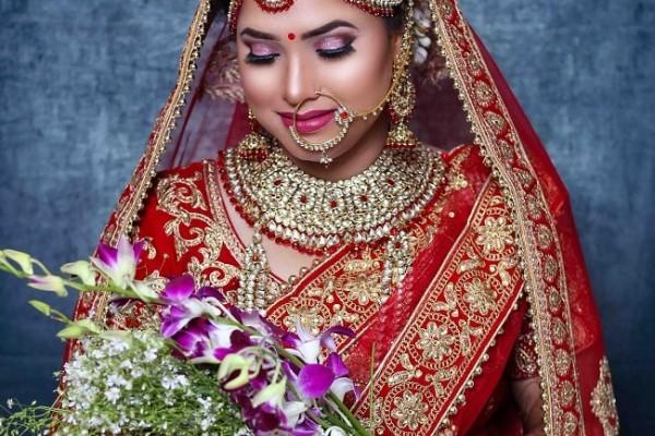 top-makeup-artist-in-lucknow-preet-kaur9C172B44-F7F7-A689-C17E-1F2D23BA4B5A.jpg